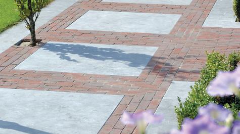 Waaltjes tussen stoeptegels idee   garden pavement   bestrating ...
